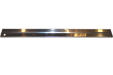 Mercedes g class rear panel door sill mercedes benz for Mercedes benz door sill